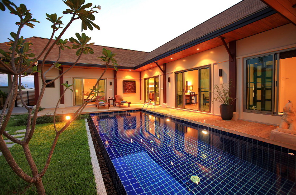 3 bedroom stylish villa in Kokyang Nai Harn