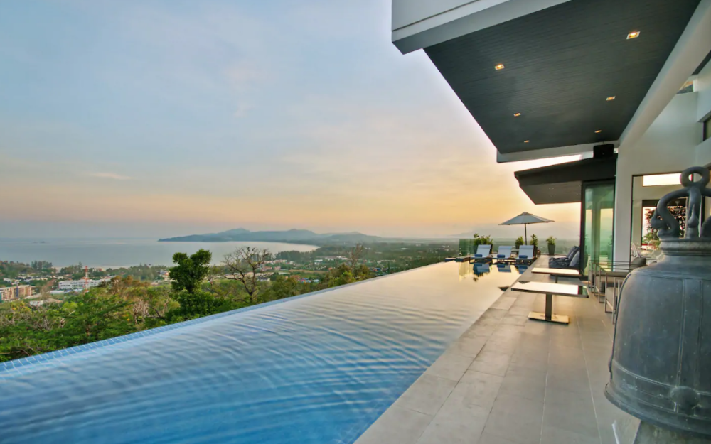 10 bedroom luxury sea view villa perched on Surin Hill